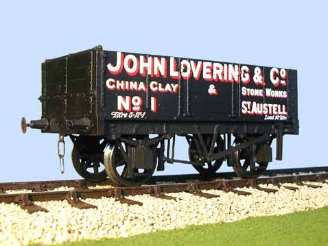 S4055W(L) Gloucester PO 5 Plank Side Door Wagon China Clay (L)